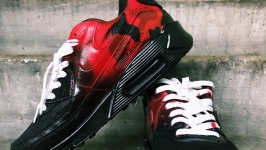 "Custom Nike Air Max ""Serial Killer"""